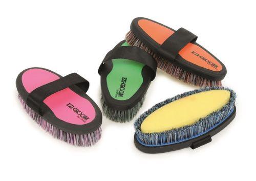 Ezi-Groom Grip Body Wash Brush - Bright Pink